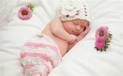 cute babies hd wallpaper download cute baby sleeping images hd photos wallpapers pictures