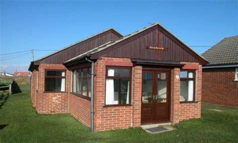 3 bedroom seaside cottage to rent in bacton norfolk