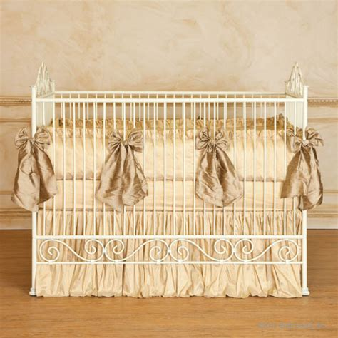 Vintage Baby Crib by Casablanca Premiere Heirloom Iron Baby Crib Antique White