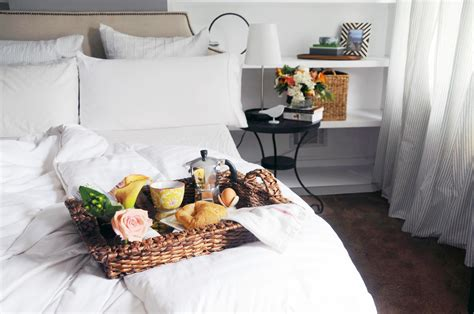 how to be romantic in bed how to have a romantic breakfast in bed date