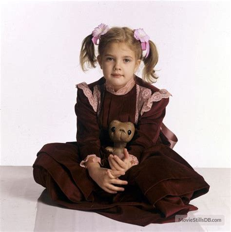 Drew Barrymore Looking Gorgeous In Vintage Costume by 260 Best Vintage E T Images On