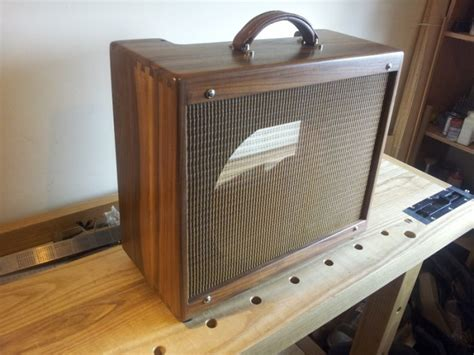 Fender Tweed Deluxe5e3 Cabinet In Walnut For Sale In