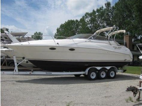 used boat for sale chicago 30k used 1996 cruisers yachts 3175 rogue chicago il