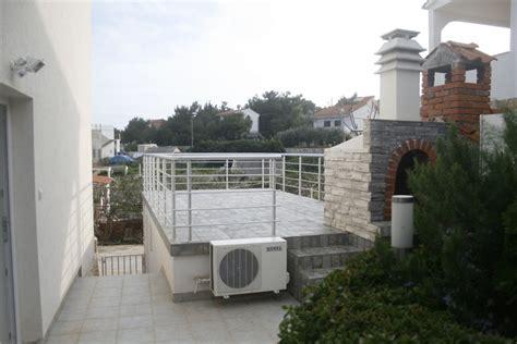 appartamento la villa appartamenti villa vacanza vis srednja dalmacija