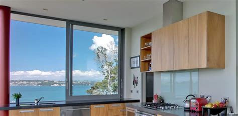 Aluminum Kitchen Cabinets by Kitchen With Modern Cabinets And Sliding Windows Awesome