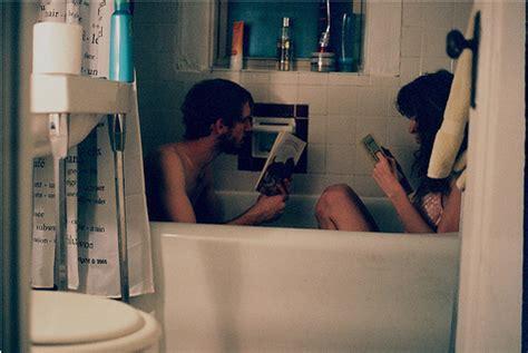 boy and girl in the bathroom bath bathroom boy couple girl image 140704 on favim com