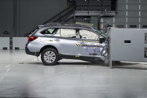 crash test si鑒e auto 10 cars pass iihs passenger side crash test