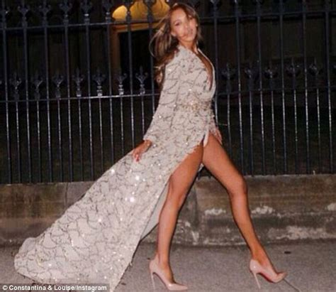 blogger australia khloe kardashian s constantina and louise gown crashes