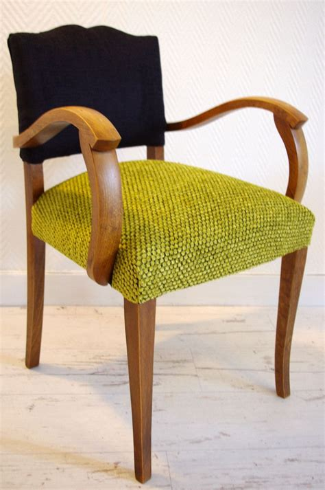 25 best ideas about chaise voltaire on fauteuil voltaire retapisser une chaise and