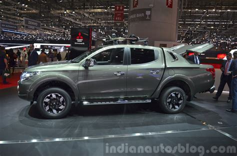 fiat toro pickup upcoming fiat pick up truck fiat toro spied with low camou