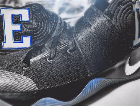Sepatu Basket Nike Kyrie3 High Duke 1 duke nike kyrie 2 sneaker bar detroit