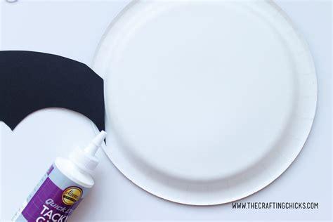 Paper Plate Bat Craft - bat paper plate craft