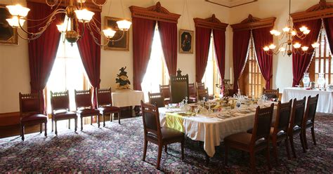 state dining room iolani palace