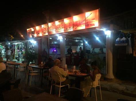 kviar hamaca casino restaurante el nuevo tucano boca chica restaurant
