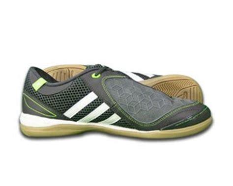 Jual Kasut Futsal syurga jersi anda kasut futsal adidas japan original