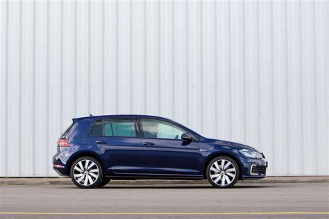 volkswagen golf gte advance  tsi review plug  hybrid