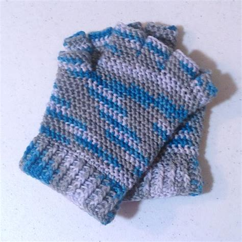 knitting pattern gloves with fingers half finger crochet gloves knitting patterns and crochet