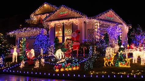 neighborhoods with the best holiday lights in orange