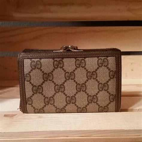 Gucci Wallet Authentic 2 67 gucci clutches wallets authentic vintage gucci
