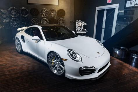 porsche wheels clean porsche 911 turbo s fitted with adv 1 wheels gtspirit