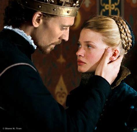melanie thierry hollow crown king henry v tom hiddleston and princess katherine