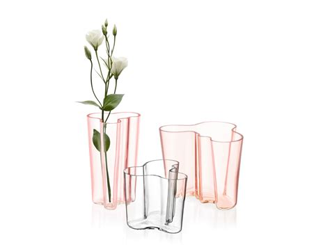 vaso alvar aalto alvar aalto vaso by iittala design alvar aalto