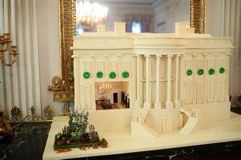 File Replica Of The White House Made Of Gingerbread And