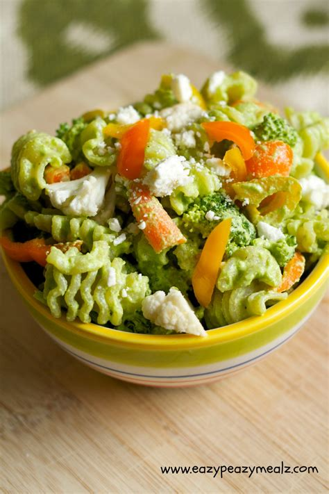 pasta salad pesto broccoli spinach pesto pasta salad eazy peazy mealz