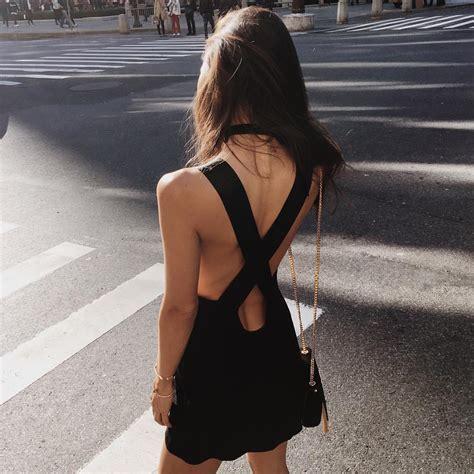 imagenes mujeres vestidas de negro 20 cosas que s 243 lo entender 225 n las chicas que visten de negro