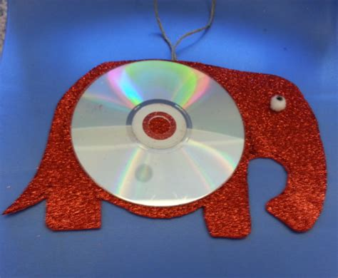 recycled cd crafts for banner recycled animal cd craft