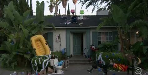workaholics house film locations van nuys utopia reflected