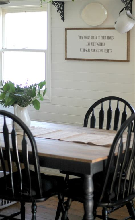 White Farmhouse Kitchen Table Black And White Farmhouse Kitchen Update Knick Of Time