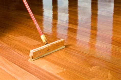 Polyurethane Applicators Hardwood Floors by Flooring Applying Polyurethane For Wood Flooring Lumber