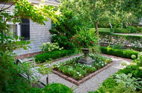 16 Square Garden Designs Ideas Design Trends Premium Square Garden Design