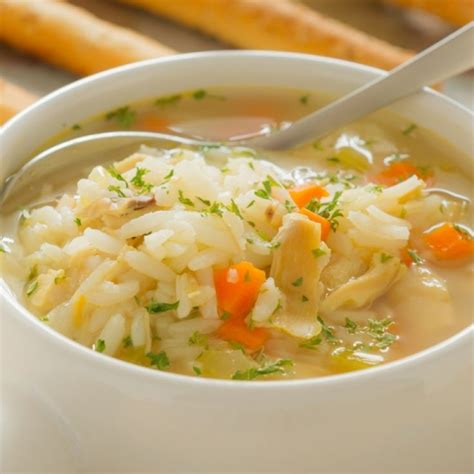 simple chicken and rice soup pinpoint