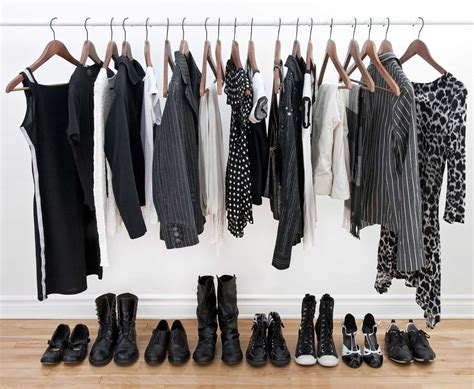 How Many Clothes Do I Need In Wardrobe by The 5 Things In Your Wardrobe You Really Need To Chuck Out