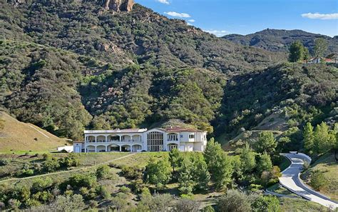 5 9 million mountaintop mansion in agoura hills ca with