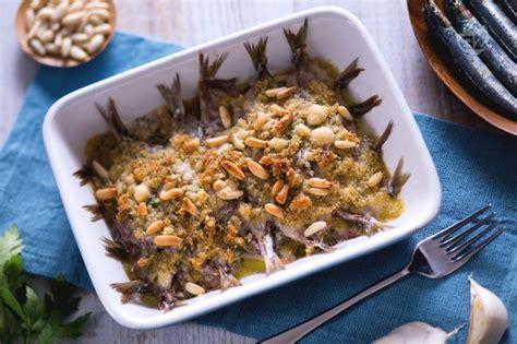 come cucinare le seppioline al forno ricetta sarde al forno la ricetta di giallozafferano