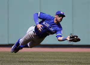 Blue jays get to boston bullpen to salvage split at fenway park