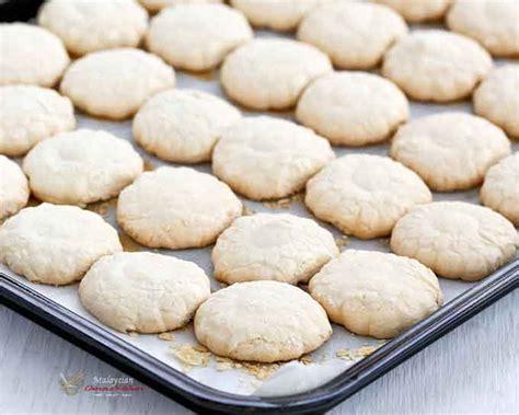 new year cookies for sale malaysia kuih bangkit tapioca cookies malaysian kitchen
