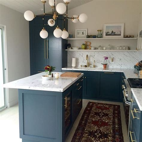 teal kitchen cabinets 25 best ideas about dark blue kitchens on pinterest