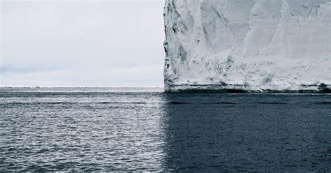perfect composition  iceberg dividing landscape