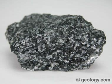 names of rocks that contain gold metamorphic rocks pictures of foliated and non foliated