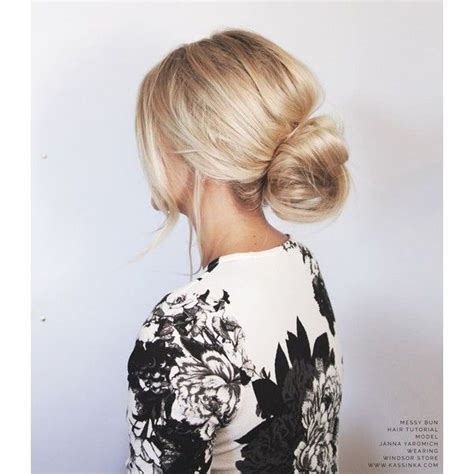 scruffy hair bun 25 best ideas about messy bun outfit on pinterest rainy