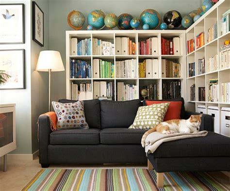 House Organization die b 252 cherregale richtig und schick anordnen teppich streifen bunt