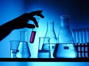 doi studen紕i la chimie acuza紕i de prepararea drogurilor tv7