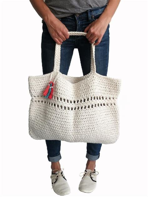 1000 images about crochet handbags on pinterest crochet day tripper bag crochet pattern by two of wands crochet