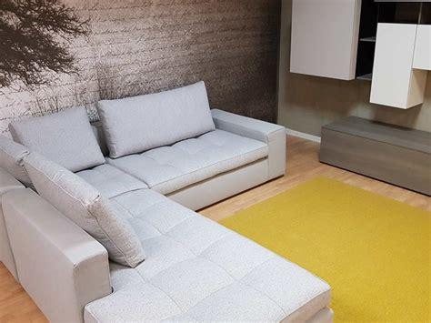 calligaris divani prezzi divano angolare calligaris lounge mix a prezzo scontato