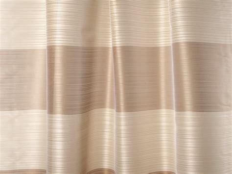 tende a righe tessuto a righe ignifugo lavabile in trevira 174 cs flow by dedar