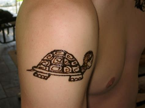 henna tattoo turtle turtle henna design henna temporary
